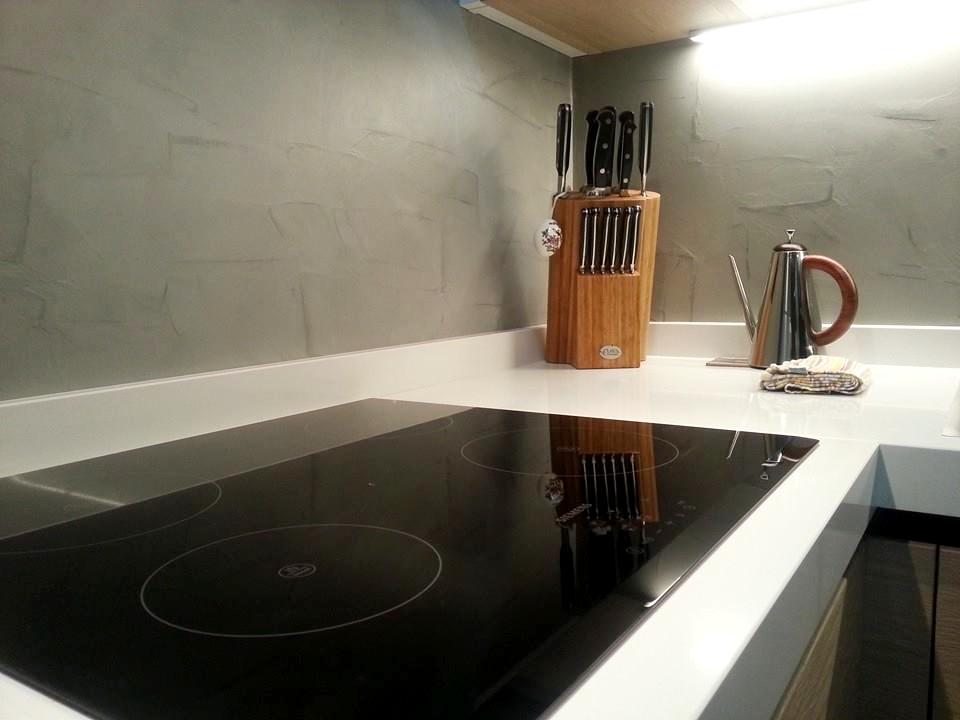 Resina cucina la parete di rivestimento - Pannelli parete cucina ...